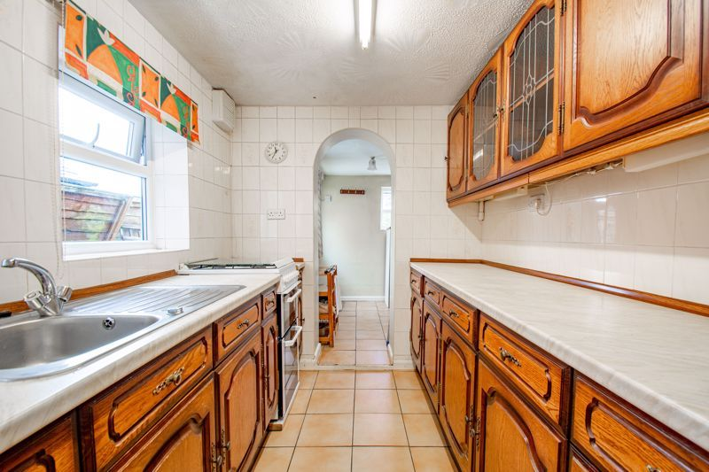 2 bed house for sale in Brook Road  - Property Image 6