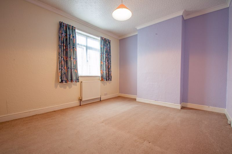 2 bed house for sale in Brook Road 8