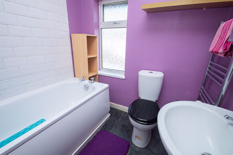 3 bed house for sale in Highfield Crescent  - Property Image 11