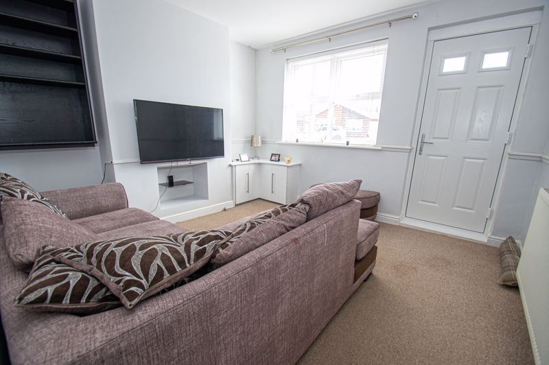 2 bed house for sale in Victoria Street 2