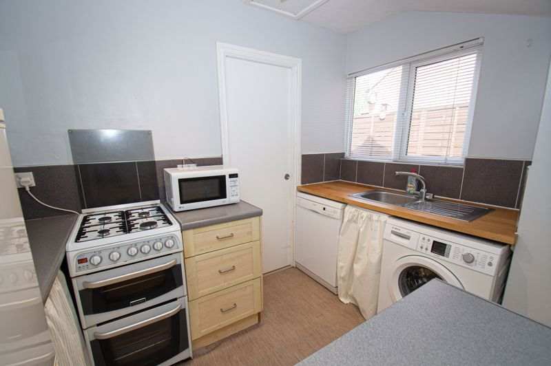 2 bed house for sale in Victoria Street 6