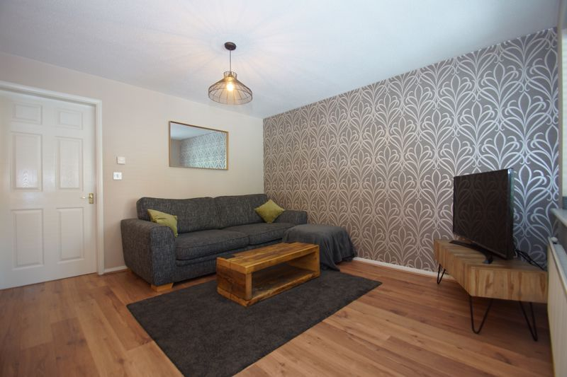 3 bed house for sale in Harris Close 2