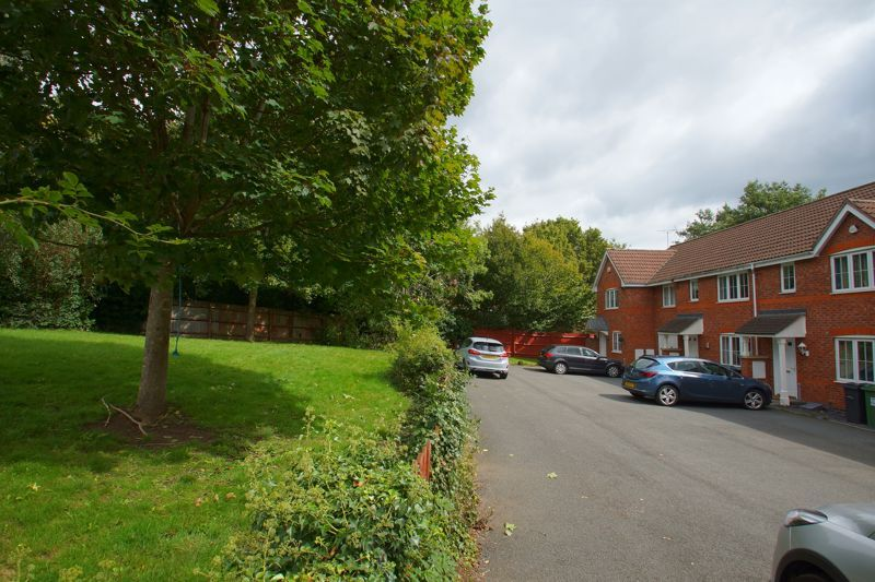 3 bed house for sale in Harris Close  - Property Image 15