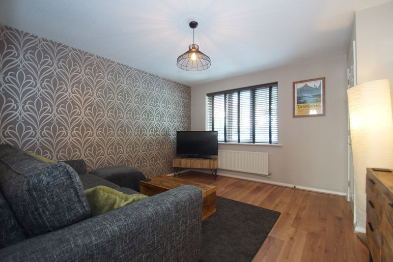 3 bed house for sale in Harris Close 3