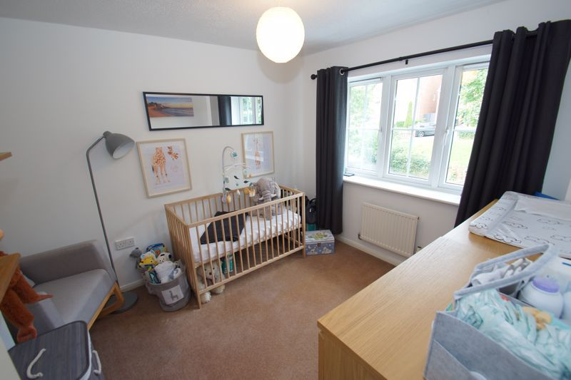 3 bed house for sale in Harris Close 8