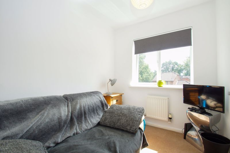 3 bed house for sale in Harris Close  - Property Image 9