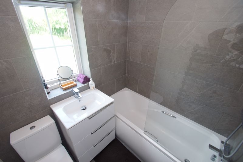 3 bed house for sale in Harris Close  - Property Image 10