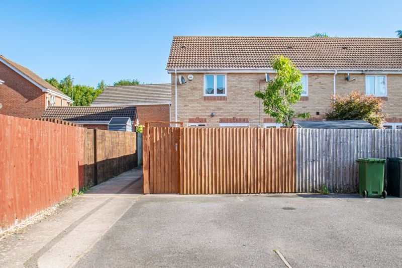 2 bed house for sale in Wheatcroft Close 13