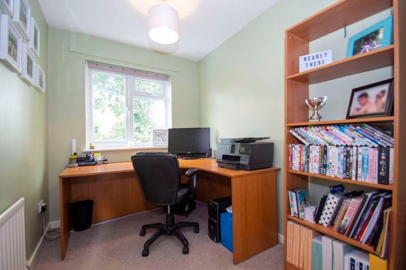 4 bed house for sale in Packwood Close  - Property Image 11