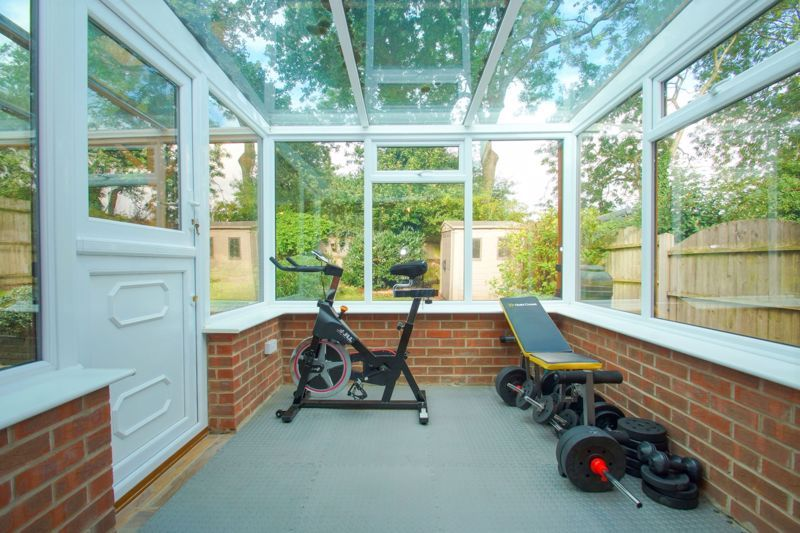 4 bed house for sale in Packwood Close  - Property Image 13