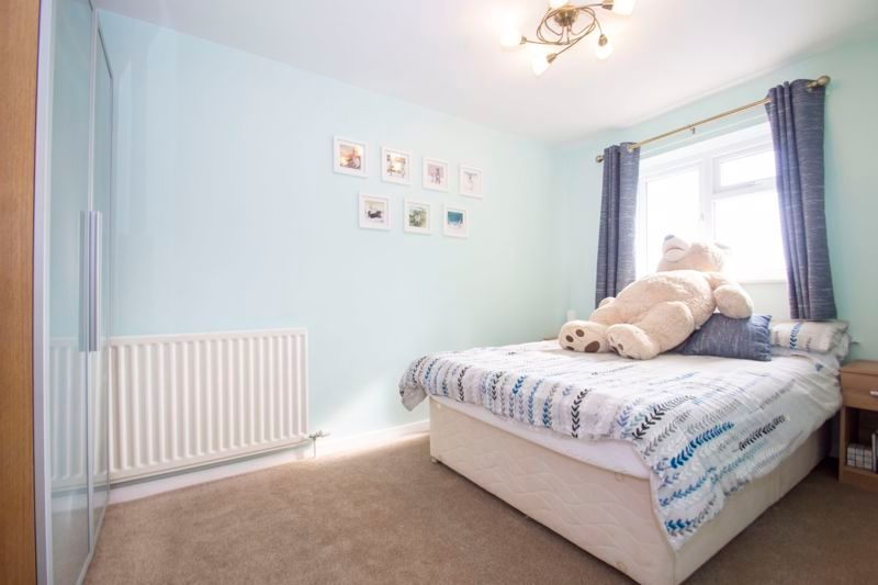 4 bed house for sale in Packwood Close  - Property Image 9