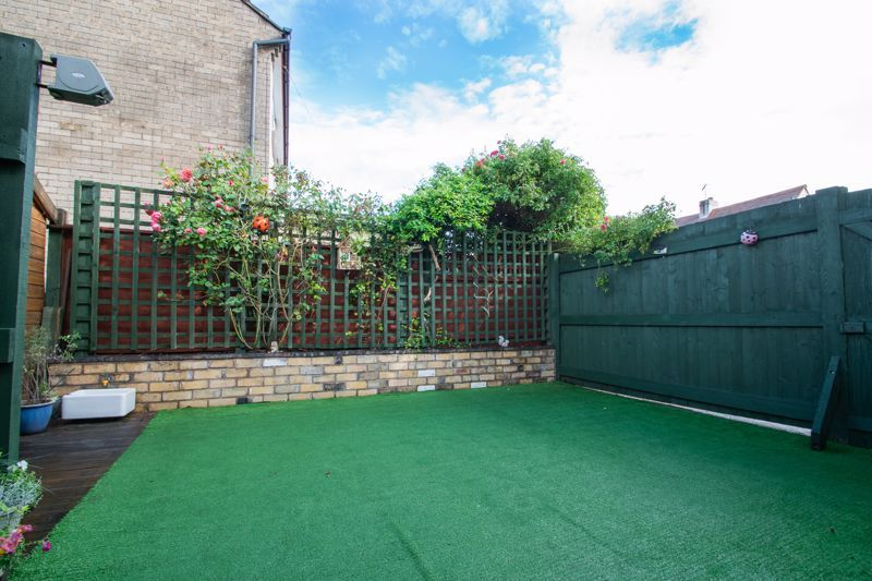 2 bed house for sale in Wheeler Street 18