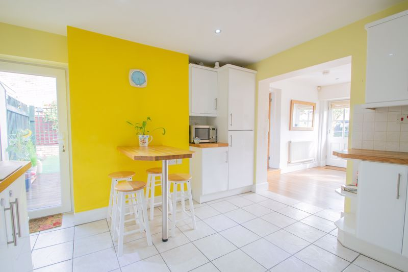 2 bed house for sale in Wheeler Street 6