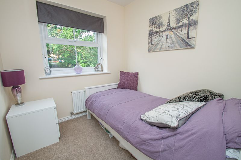 4 bed house for sale in Hatton Close  - Property Image 10