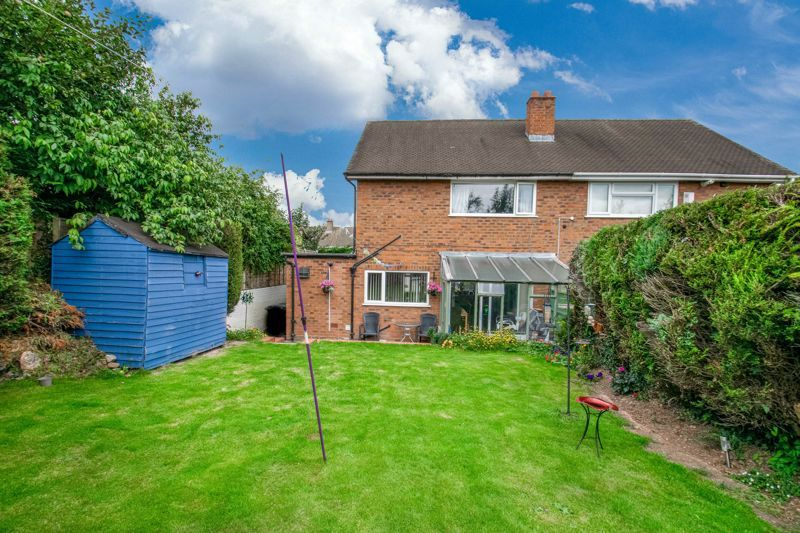 3 bed house for sale in Brueton Drive 3