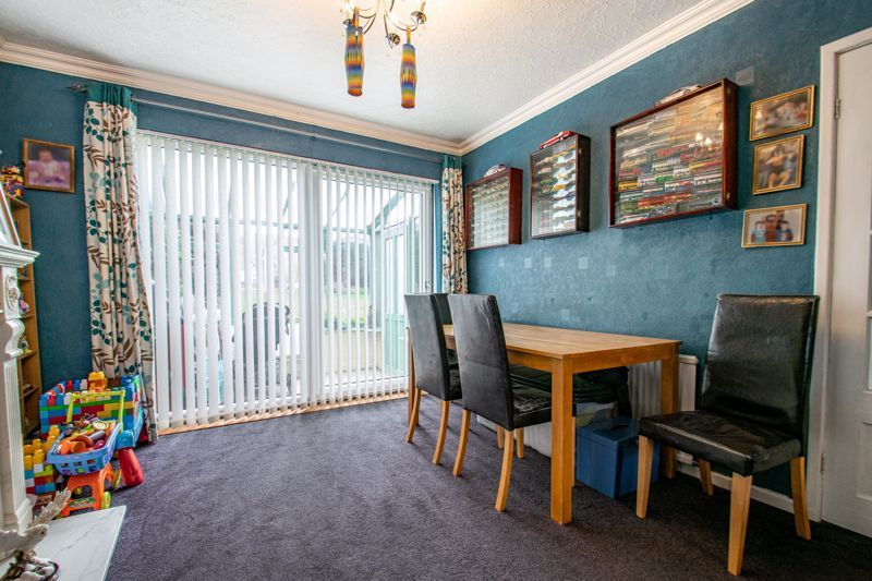 3 bed house for sale in Brueton Drive 6
