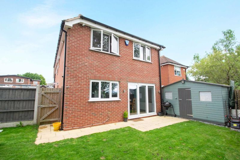 3 bed house for sale in Hagley Road 13
