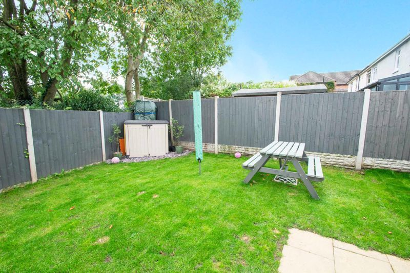 3 bed house for sale in Hagley Road 18