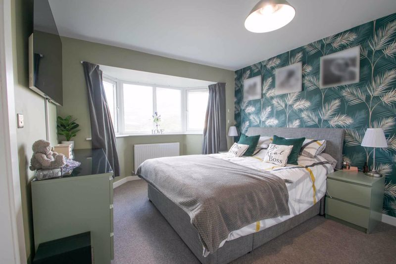 3 bed house for sale in Hagley Road 8