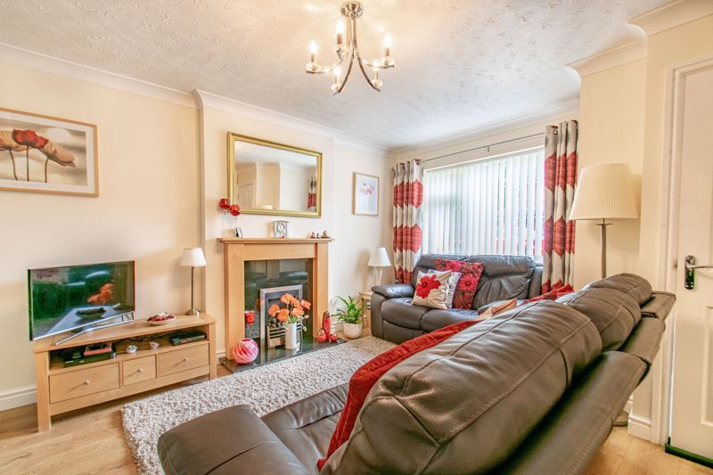 2 bed house for sale in Bilbury Close 6