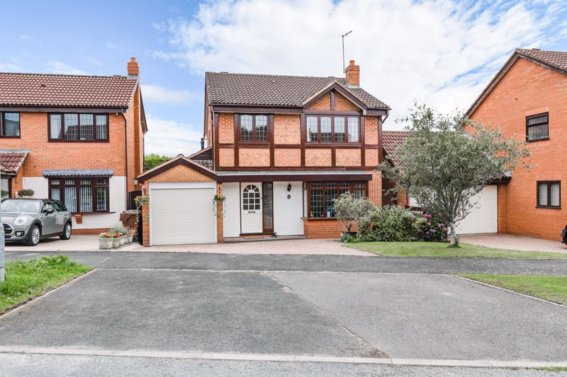 4 bed house for sale in Meadowvale Road 1