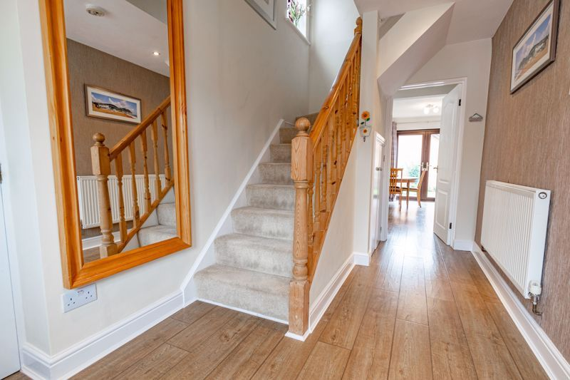 4 bed house for sale in Meadowvale Road  - Property Image 15