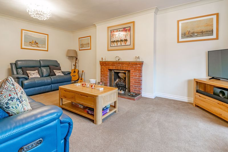 4 bed house for sale in Meadowvale Road  - Property Image 16