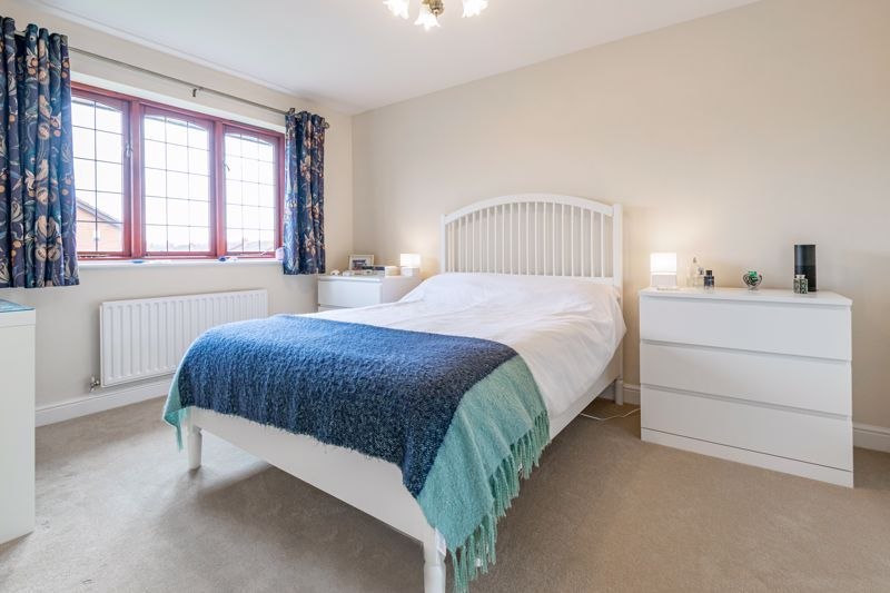 4 bed house for sale in Meadowvale Road  - Property Image 6