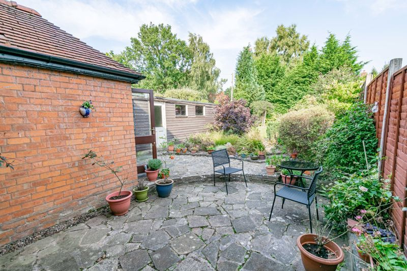 3 bed house for sale in Redditch Road 11
