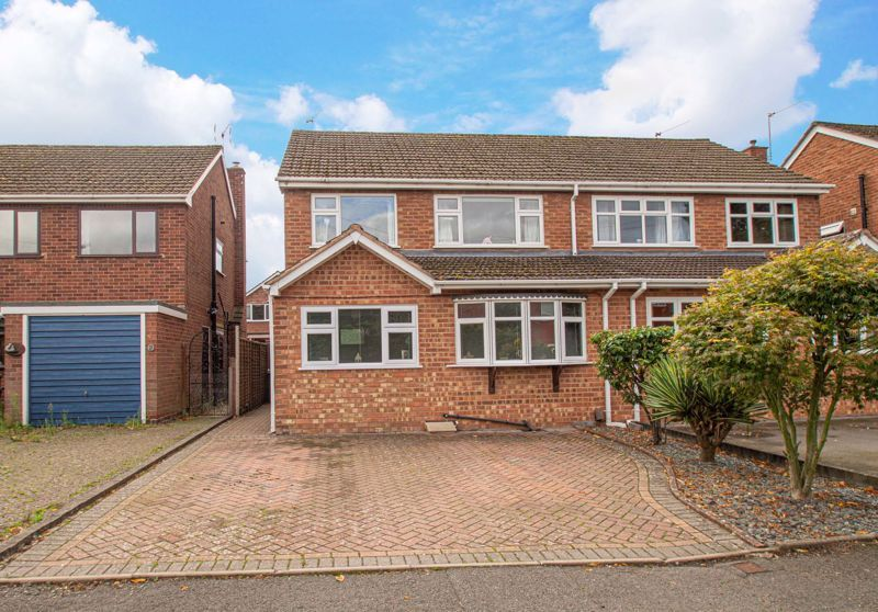 3 bed house for sale in Marlborough Drive 1