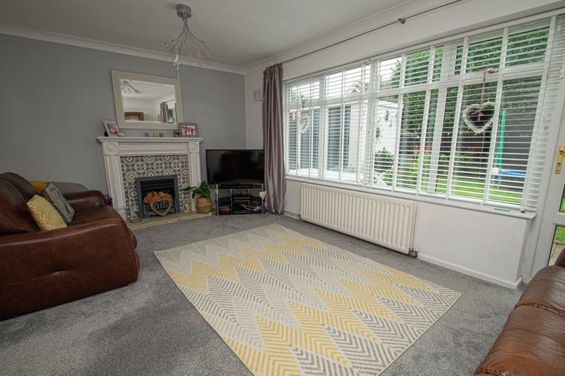 3 bed house for sale in Marlborough Drive 15