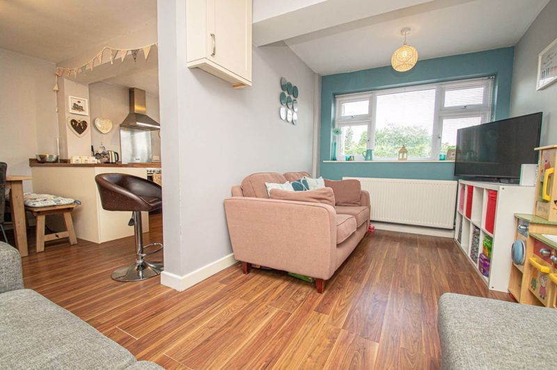 3 bed house for sale in Marlborough Drive 16