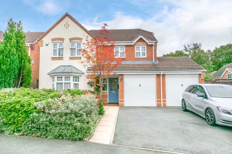 5 bed house for sale in Carthorse Lane 1