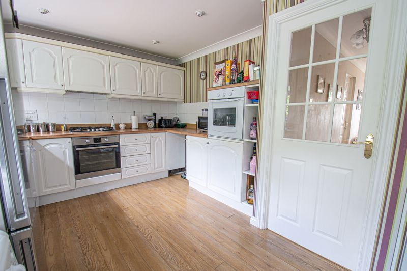5 bed house for sale in Carthorse Lane  - Property Image 18