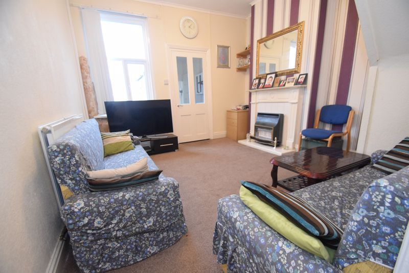 3 bed house to rent in Marsden Road 4