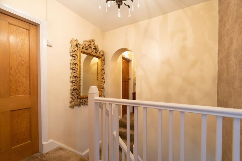 4 bed house for sale in The Meadway 16