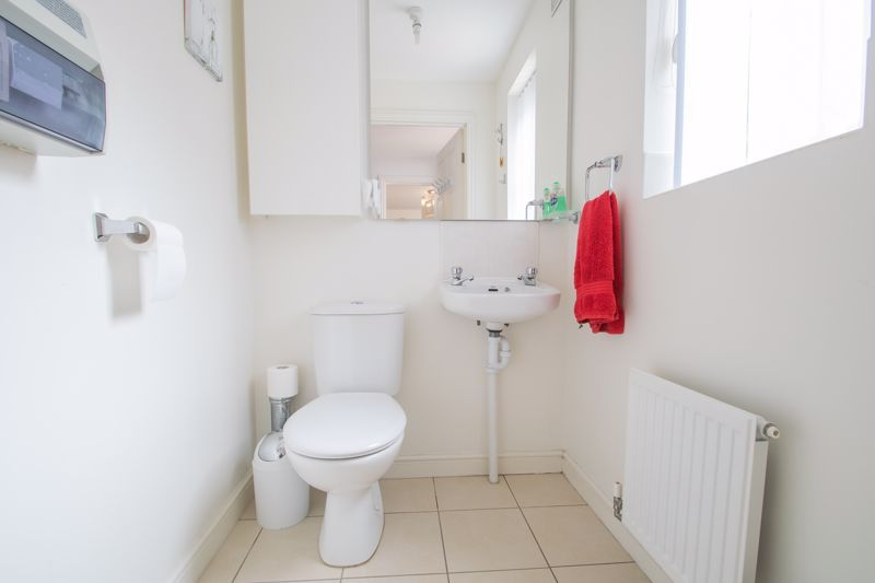 4 bed house for sale in Portway Road 17