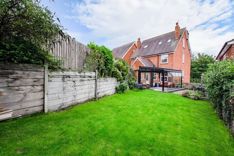 3 bed house for sale in Lickey Rock 12