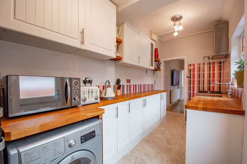 3 bed house for sale in Lickey Rock 5
