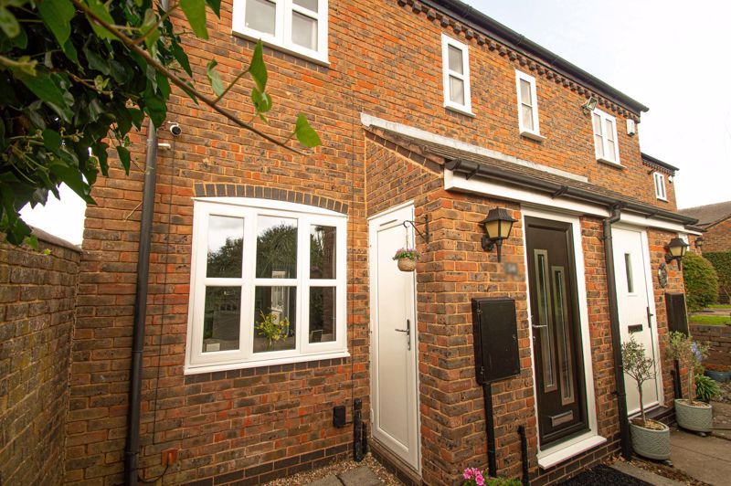 2 bed house for sale in Bracken Park Gardens  - Property Image 1