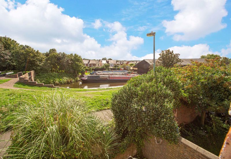 2 bed house for sale in Bracken Park Gardens  - Property Image 18