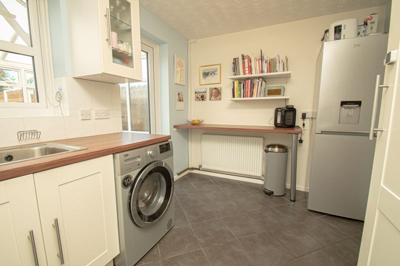 2 bed house for sale in Bracken Park Gardens  - Property Image 5