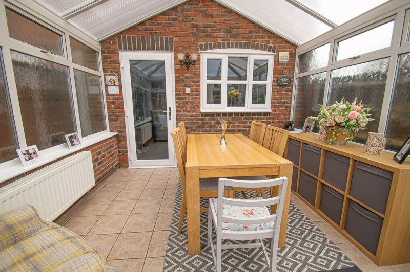 2 bed house for sale in Bracken Park Gardens 6