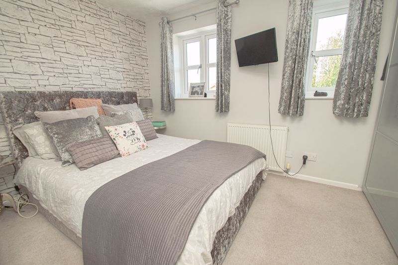 2 bed house for sale in Bracken Park Gardens 7