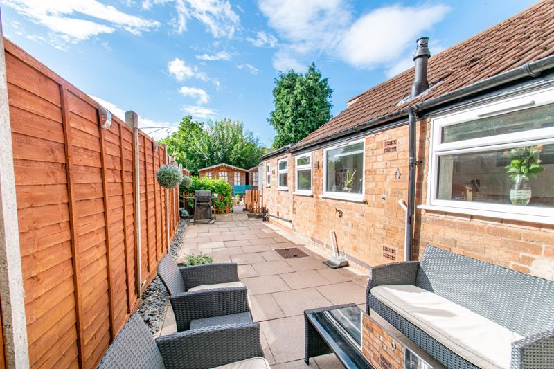 4 bed house for sale in Rectory Road  - Property Image 11