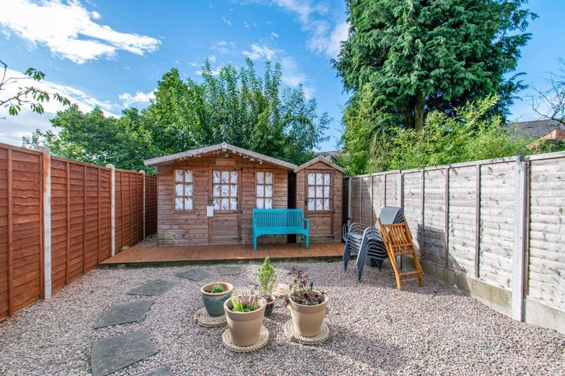 4 bed house for sale in Rectory Road  - Property Image 12