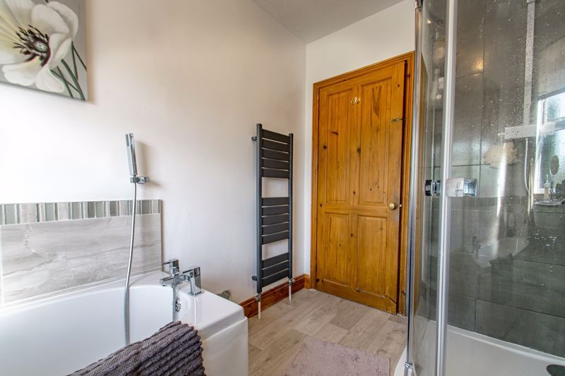 4 bed house for sale in Rectory Road  - Property Image 8