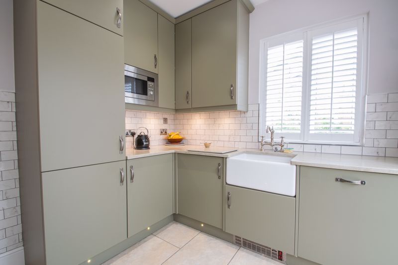 3 bed house for sale in Woodward Road  - Property Image 16