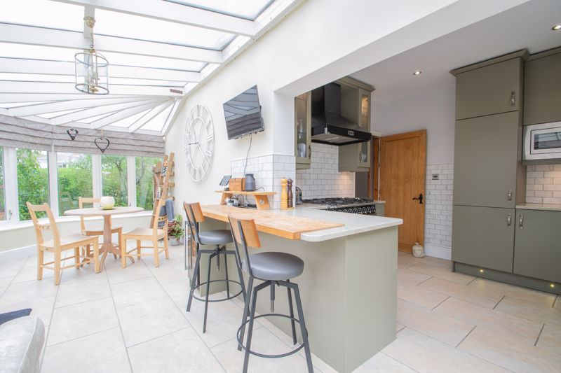 3 bed house for sale in Woodward Road  - Property Image 17
