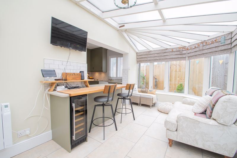 3 bed house for sale in Woodward Road 6